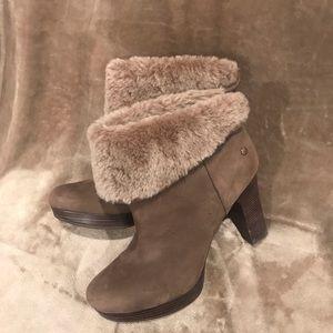 Ugg Dandylion boots